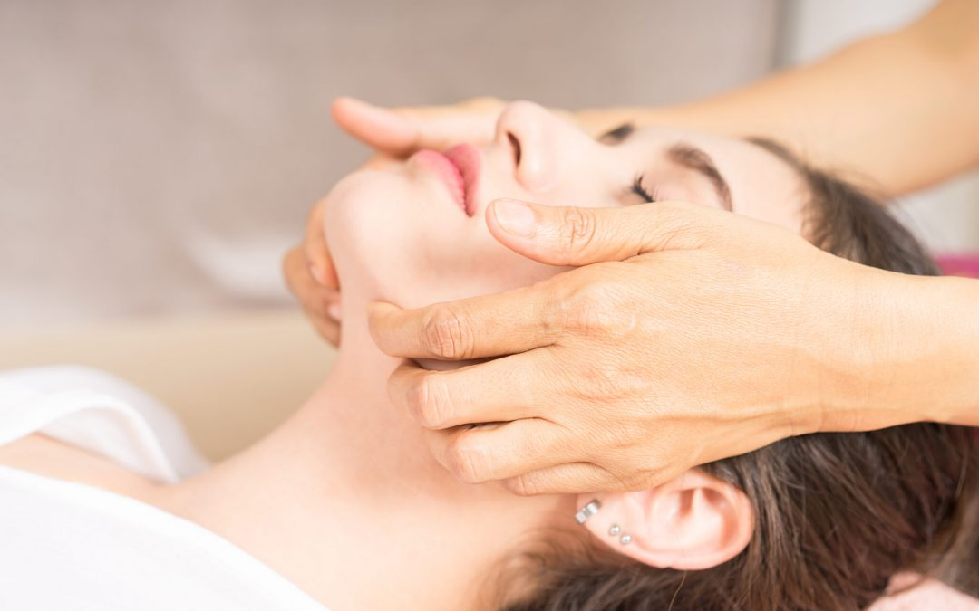 New Facial Massage workshop on Wednesday 11.09 at 18h00 by Maison Ito, the first wellness salon in Zürich dedicated to your facial skin health